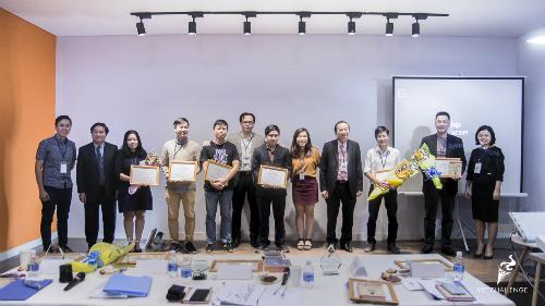 Các đội vào chung kết quốc gia VietChallenge 2018.