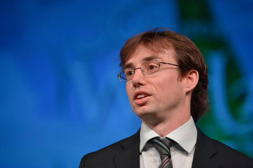 David Hunt từng làm việc tại ngân hàng AIB, hiện điều hành Cainthus và thỉnh giảng về công nghệ nông nghiệp tại Đại học Singulaity, Mỹ.