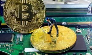 Quá trình giải thuật toán để nhận Bitcoin diễn ra như thế nào?