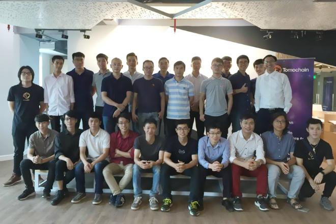Chương trình TomoChain Hackathon 2018 ra mắt các đội thi.