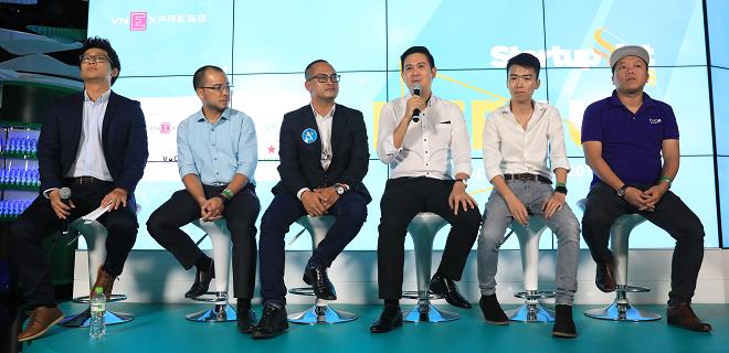 Nhà đầu tư và các doanh nhân chia sẻ kinh nghiệm gọi vốn, phát triển quy mô và mở rộng thị trường tại sự kiện Meetup - Startup Việt 2018 diễn ra tối 10/9 tại World of Heineken, quận 1, TP HCM. Ành: Hữu Khoa.