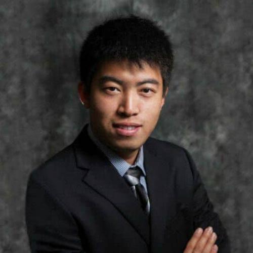Ông Simon Tian.