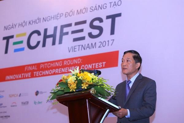 Thứ trưởng Trần Văn Tùng phát biểu trong sự kiện Techfest năm 2017. Năm nay, chương trình sẽ được tổ chức vào ngày 29/11.
