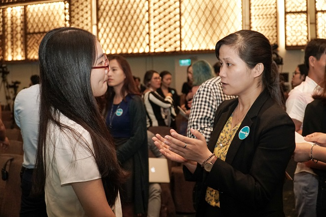 Các startup tự do trao đổi, thảo luận kinh nghiệm cùng nhau trước khi tham gia vào các phiên speed-dating cùng các chuyên gia, nhà đầu tư đến từ các công ty, tập đoàn lớn tại Việt Nam.