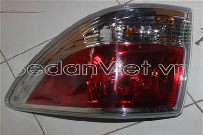 Sedan Việt