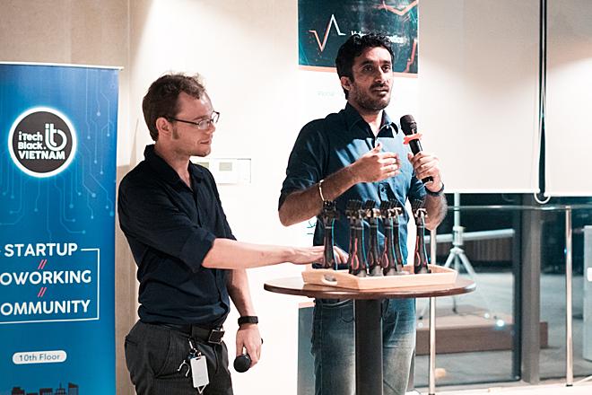 CEO Vulcan - ông Rafael Masters (trái) tại sự kiện ra mắt dự án.