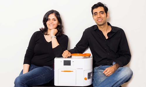 Startup phát minh máy làm bánh tự động ứng dụng công nghệ AI và IoT - Startup VnExpress