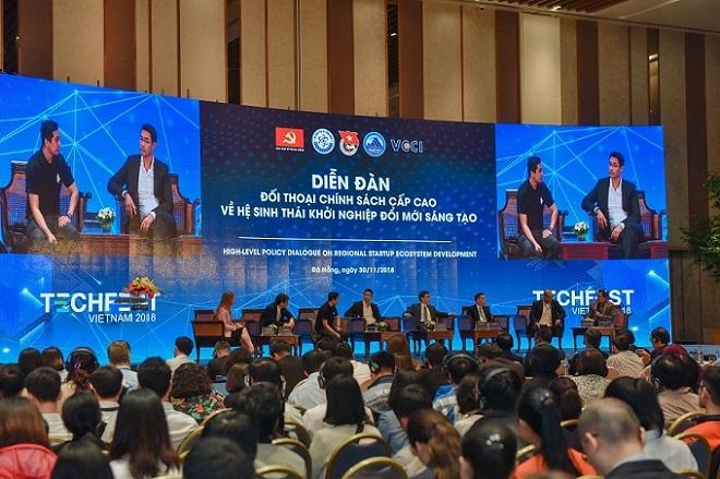 Techfest Vietnam được coi là ngày hội về khởi nghiệp sáng tạo lớn nhất tại Việt Nam do Bộ Khoa học và Công nghệ chủ trì thực hiện trong khuôn khổ Đề án Hỗ trợ hệ sinh thái khởi nghiệp đổi mới sáng tạo quốc gia đến năm 2025 (Đề án 844). Ảnh sự kiện Techfest 2018.